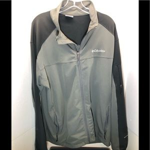 Columbia Light Weight Jacket Size L